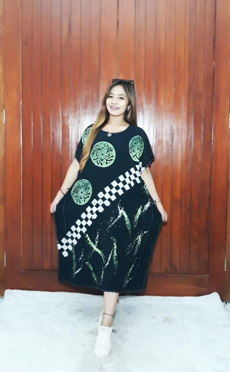 Daster Kelelawar Pendek Oblong Hitam Bahan Rayon