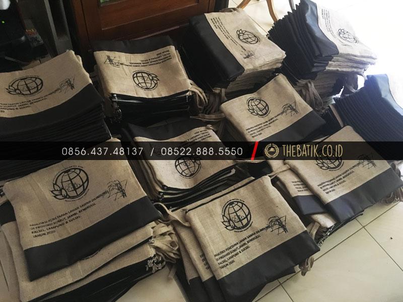Kementerian ATR BPN RI - Tas Goodie Bag Souvenir Unik Bahan Goni Kulit