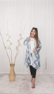 Baju Outer Batik Katun Simple Lengan 3/4